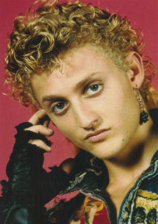 Alex Winter Cast